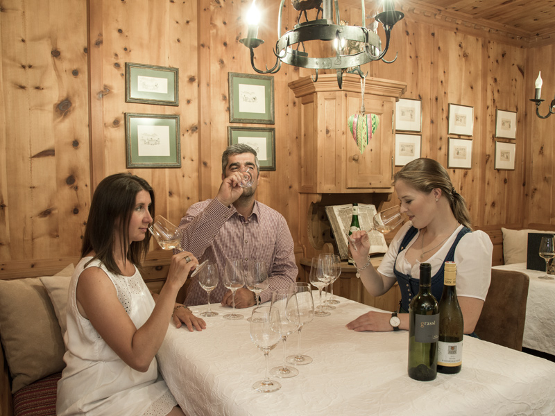 Taste our wines in your Tyrol holiday