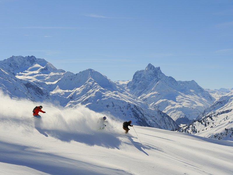 Skiing in St. Anton - Your winter holidays